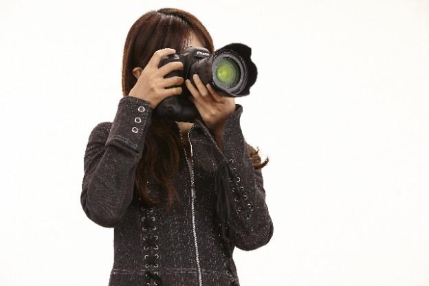 camerawoman